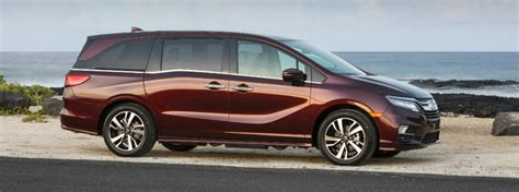 It doesn't hurt that the this 2019 odyssey is, in most ways, a cut above the competition. 2019 Honda Odyssey Trim Level Pricing