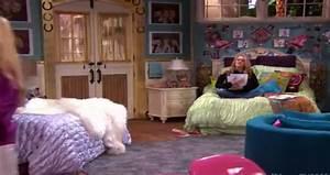Hannah Montana - Miley & Lilly's Bedroom - Etc