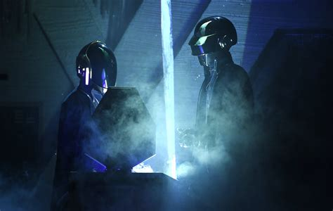 Daft Punk's full 'TRON: Legacy' soundtrack is now ...