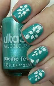Green nail art designs ideas  fabulous