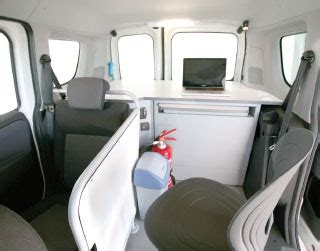 ufficio mobile uffici mobili veicoli forze dell ordine focaccia