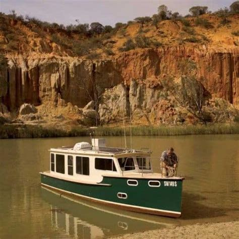 solar electric real world  liveaboard boat