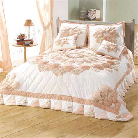 couvre canapé pas cher couvre lit 2 personnes patchwork rosace acheter ce