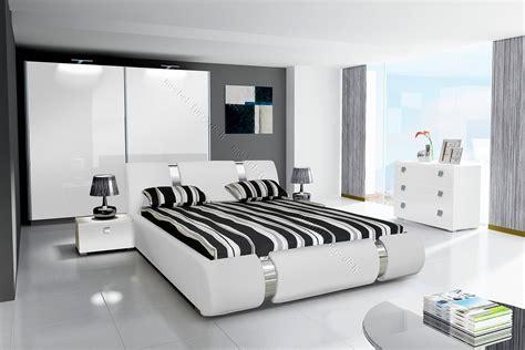 Weißes Schlafzimmer Komplett by Komplett Hochglanz Schlafzimmer Riva Ii Mit Designer