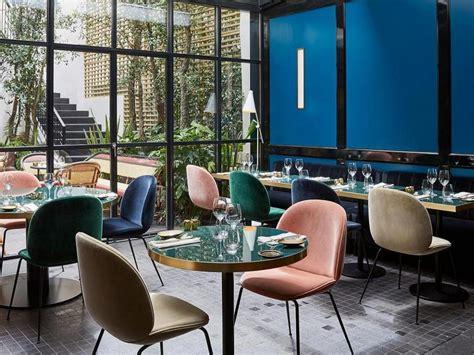 les chaises com chaise en velours l 39 atout chic de la salle à manger