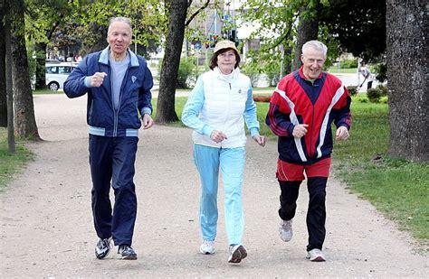 4 padomi, kas jāņem vērā, rudenī aktīvi sportojot svaigā ...
