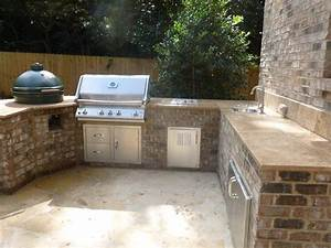 Are outdoor kitchens really practical archadeck of for Grill tops for outdoor kitchens