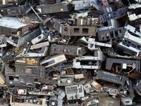 trasporti urbani pavia smaltimento rifiuti speciali parma piacenza gestione