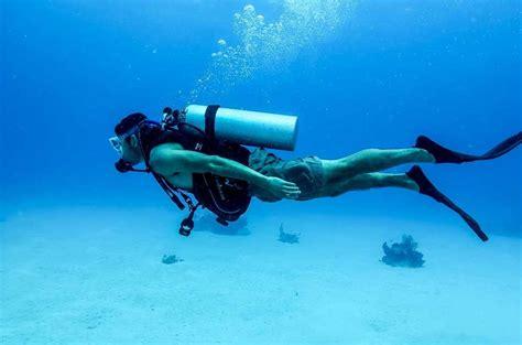Le Dive - diving medicals padi bsac and more hyperbaric