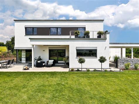 Modernes Fertighaus Von Regnauer Hausbau  Haus Schwabach