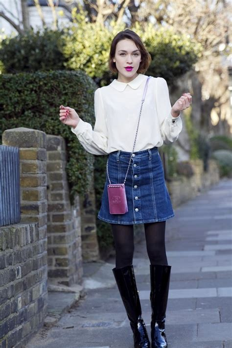 How to Wear the Buttoned-front Denim Skirt in Fall/Winter | Winter time Denim skirt and Fall winter