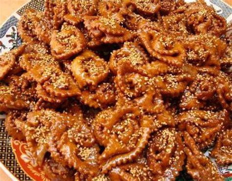 cuisine marocaine ramadan patisserie ramadan chebakia tresses et rubans au miel