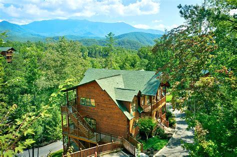 cabin rental agency smoky mountain cabin rental agency offers last minute deals