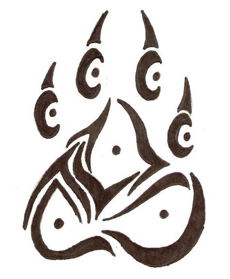 wolf paw print   clip art  clip art
