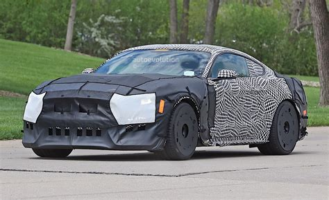 2019 Ford Mustang Gt500 Spied In Detroit With Massive