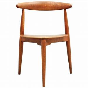 Hans Wegner Chair : hans wegner heart chair at 1stdibs ~ Watch28wear.com Haus und Dekorationen