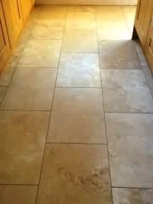 restoring  shine   travertine floor tiles
