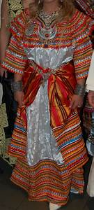 edenplanner robes kabyles robes pinterest bijoux With robe traditionnelle kabyle