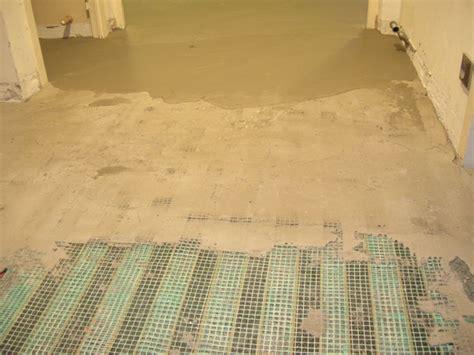 chauffage electrique sous carrelage chauffage par le sol solution chauffage sous carrelage thermalu
