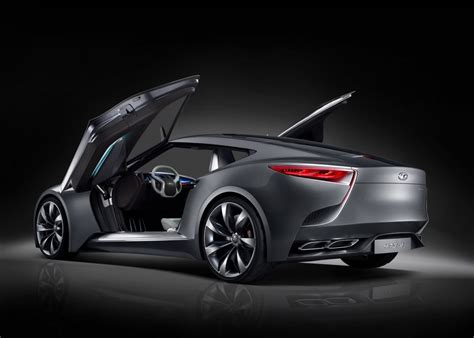 hyundai hnd  coupe concept debuts   seoul motor show