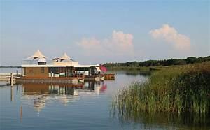 Wohnen Auf Dem Wasser : pressestimmen ber floating houses hausboote schwimmende h user und wohnen auf dem wasser ~ Buech-reservation.com Haus und Dekorationen
