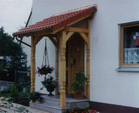 balkon plexiglas vordächer haustürvordächer überdachungen vordach mit ziegel hauseingangsüberdachungen