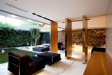 Contemporary Apartment : Interior Design Ideas