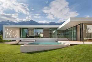 Was Gehört Zur Wohnfläche Einfamilienhaus : moderne architektur freistehendes einfamilienhaus in italien ~ Lizthompson.info Haus und Dekorationen