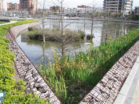 Parc Diagonal Mar, Barcelona - Google Search | Tuinkunst ...
