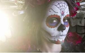 maquillaje para día de muertos con mac toque de mujer