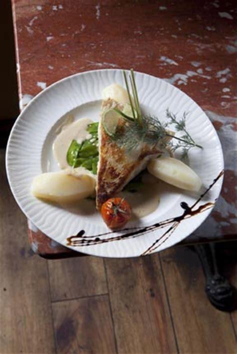 cuisine et croix roussiens lyon cuisine et croix roussiens restaurant lyon lyon le