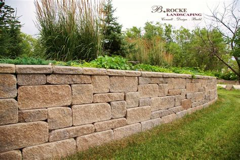 retaining wall gardens planters and retaining walls b rocke landscaping