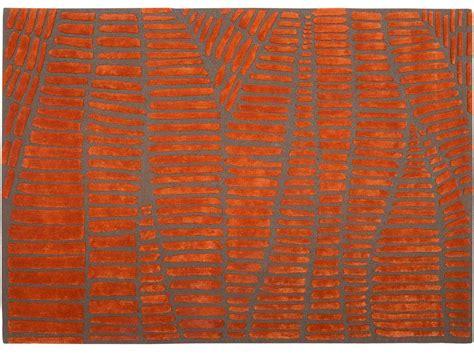 tapis orange gris
