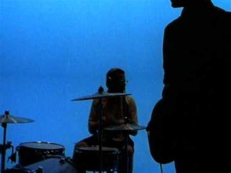 weezer sweater song weezer undone the sweater song 1994 imvdb