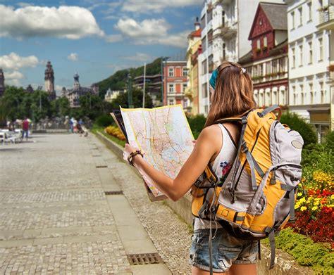 tips  selecting  travel backpack explorenomics