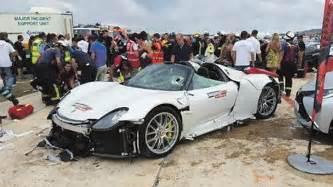 porsche 918 crash latest car accident of porsche 918 spyder road crash