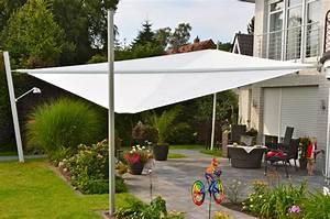 Sonnensegel Mit Mast : sonnensegel oder sonnenschirm pina design ~ Michelbontemps.com Haus und Dekorationen