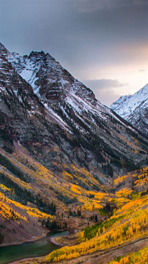 wallpaper autumn forest mountain  nature