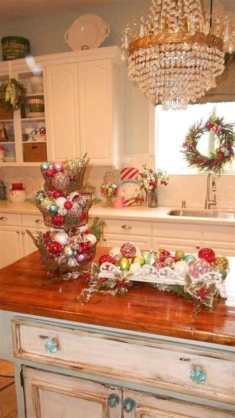 ideas for christmas decorting for south africa at school kitchens and islands on