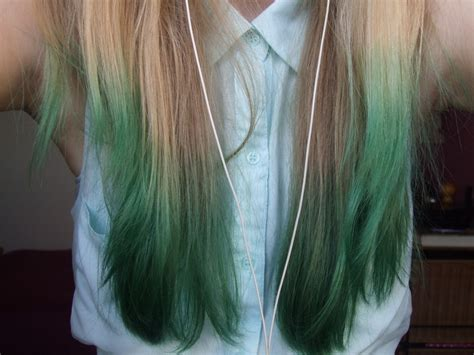 Green Dip Dyed Hair Hair Colors Ideas