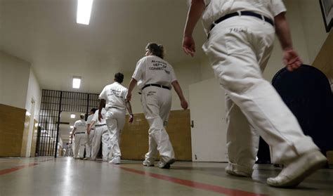 hell  bars feds  alabama womens prison rife