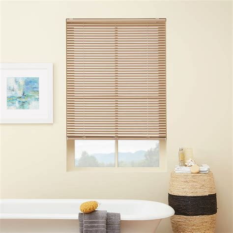 Blinds And Window Coverings by Ideas For Bathroom Window Blinds And Coverings