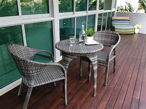 Terrassenmöbel Für Kleine Terrassen : terrassenm bel verschiedene materialien einige beispiele ~ Markanthonyermac.com Haus und Dekorationen