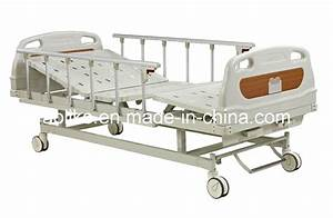 China Two Crank Manual Hospital Bed  Alk06-a232z