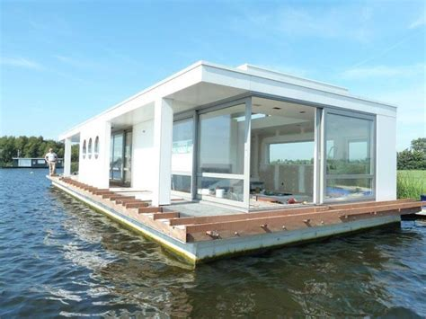 Luxury Pontoon Houseboat by 17 Best Images About Houseboats On Houseboat