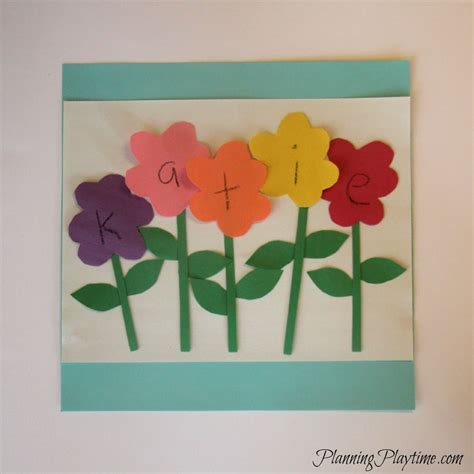 5 adorable preschool name crafts 536 | Preschool Name Craft Flowers