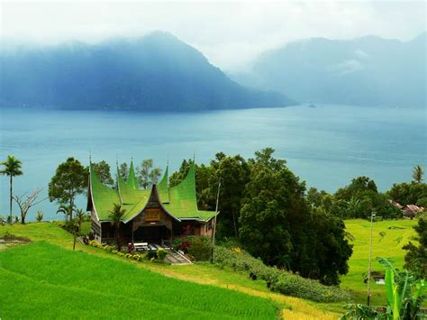 tempat wisata  sumatra barat