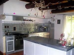 cuisine en provence photo 2 6 plans de travail en zinc With faience plan de travail cuisine