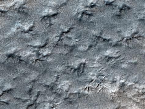 HiRISE | Search for Mars Polar Lander (ESP_014423_1040)