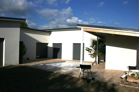 maison contemporaine en u